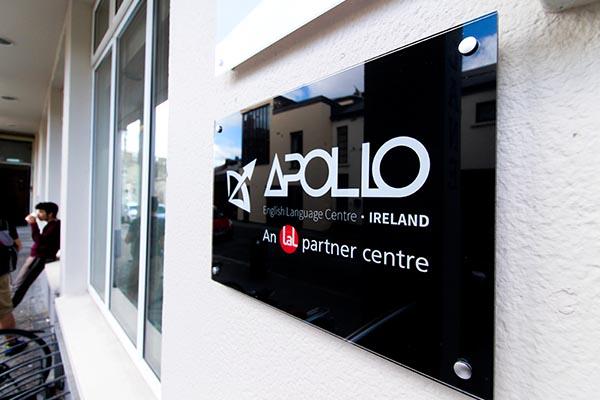 Apollo Til Markazi (Irlandiya)