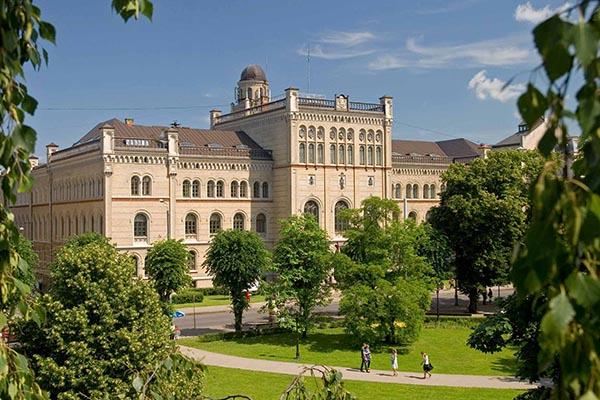 EKA University