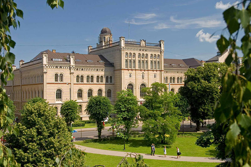 Latvia Universiteti