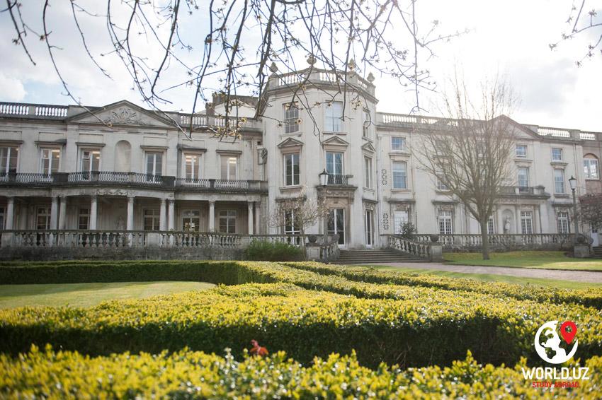 The University of Roehampton